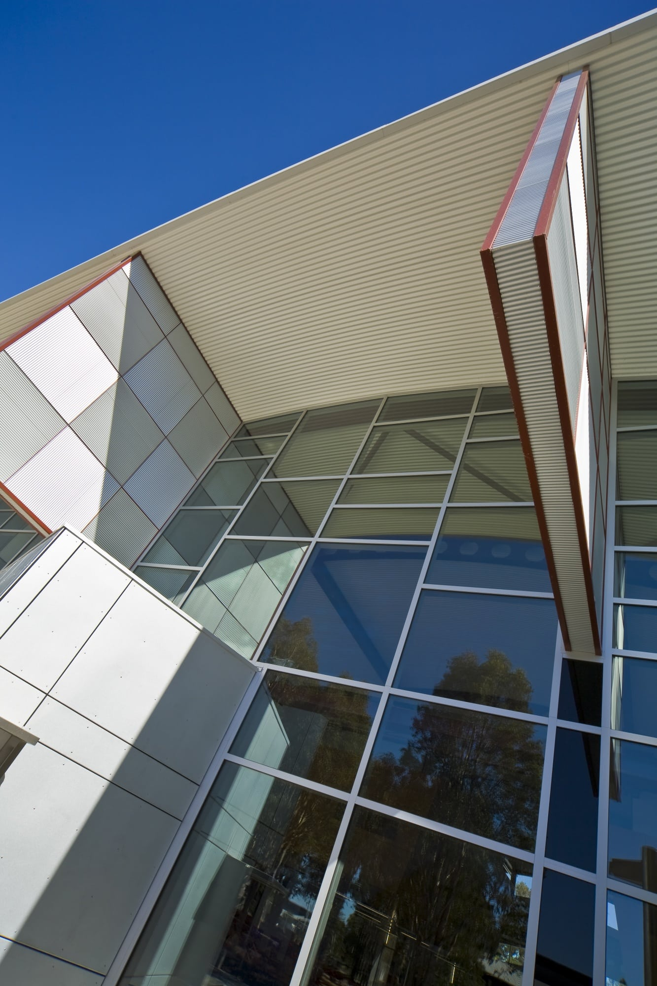 Charles Sturt University - Thurgoona Campus 'Learning Commons Building' - FrontGLAZE™ framing